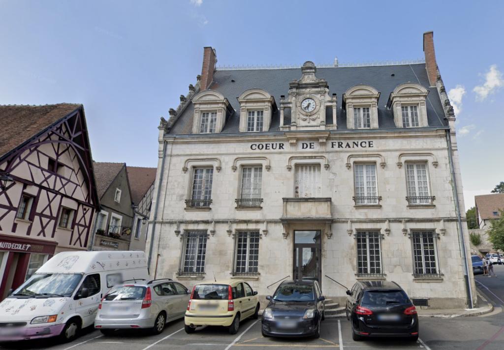 Exterior of Coeur de France (Sancerre, France)