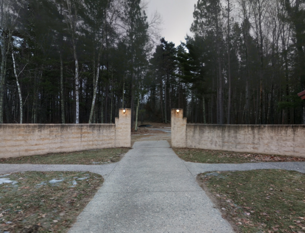 A path opening up to the forest at Concordia Language Camps (Bemidji, Minnesota, USA)